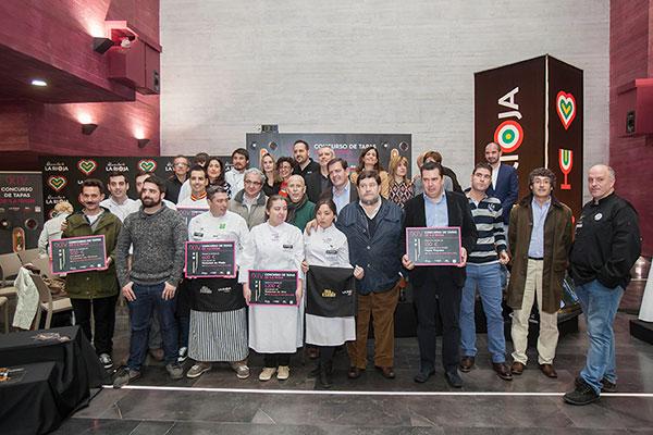 Imagen de grupo del concurso de tapas de la rioja con los premiados