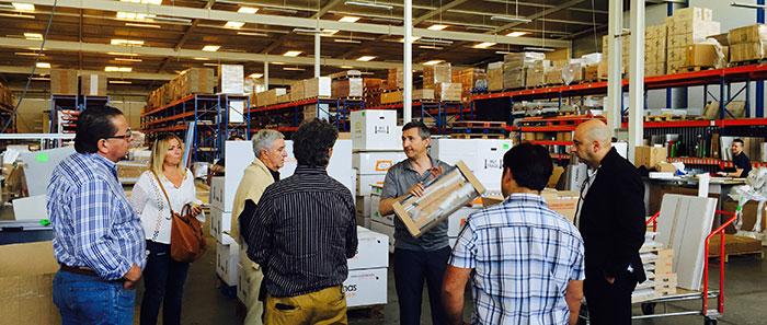 proceso fabricación en la visita de los futuros distribuidores a cocinas puntocom
