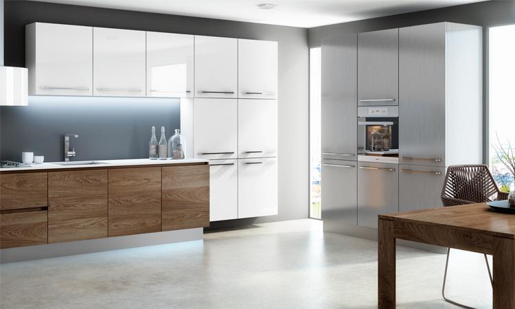 La fusión de distintos acabados en una cocina